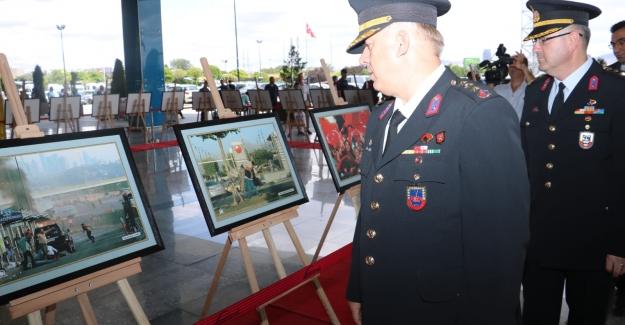 '15 Temmuz' Temalı Fotoğraf Sergisi ANKAmall'da Açıldı