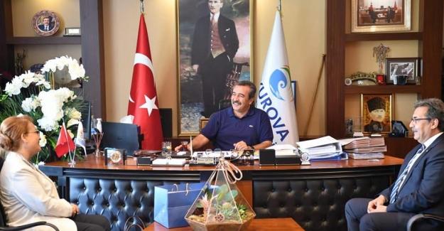 """İYİ Parti'den Soner Çetin'e Övgü: """"Kadınlara Yönelik Projeleriniz Takdirle Karşılanıyor"""""""