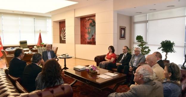 Kılıçdaroğlu, Atatürkçü Düşünce Derneği  Heyetiyle Bir Araya Geldi