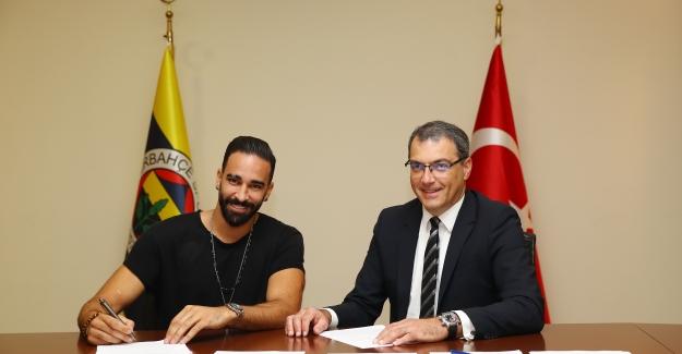 Adil Rami Fenerbahçe'de