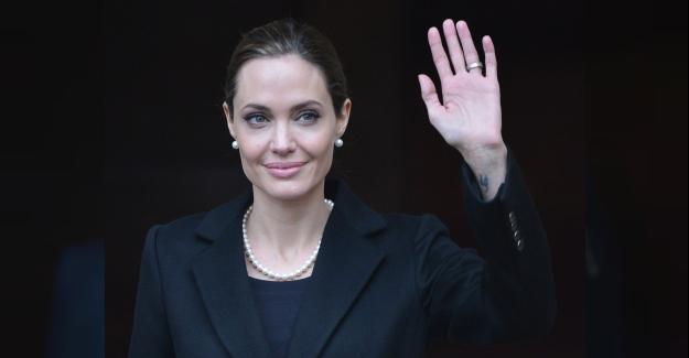 'Angelina Jolie Etkisi: Memelerimi Aldırmalı Mıyım?