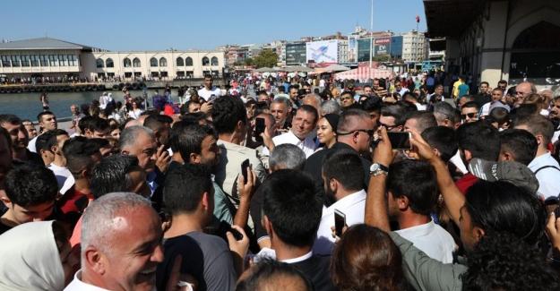 İmamoğlu, Hem Kadıköy'ün Hem De Gençlerin Sorunlarına El Attı!
