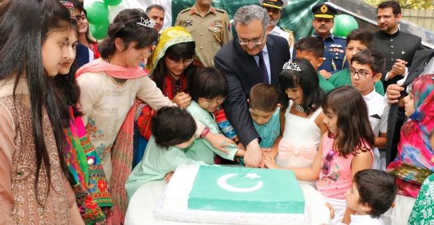 Pakistan Bağımsızlık Günü Ankara'da Kutlandı