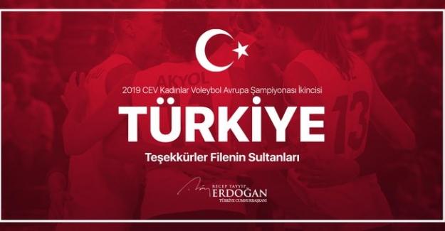 Cumhurbaşkanı Erdoğan, Filenin Sultanlarını Tebrik Etti