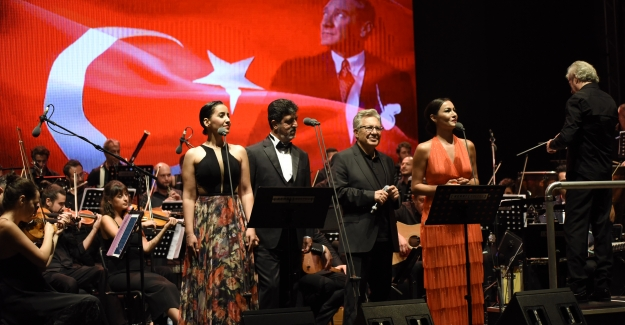 Livaneli'den Gaziantep'te İlk Konser