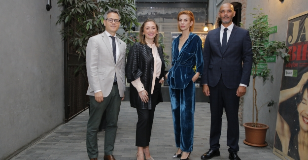 """Swıss Days 2019'da Arzu Kaprol İle """"Gelecek İçin Yenilik"""" Adlı Tekstil Konferansı Düzenlendi"""
