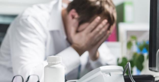 """CİSED: """"Susmak ve Tepkisiz Kalmak Sağlık Çalışanlarına Yönelik Şiddeti Onaylamaktır!"""""""