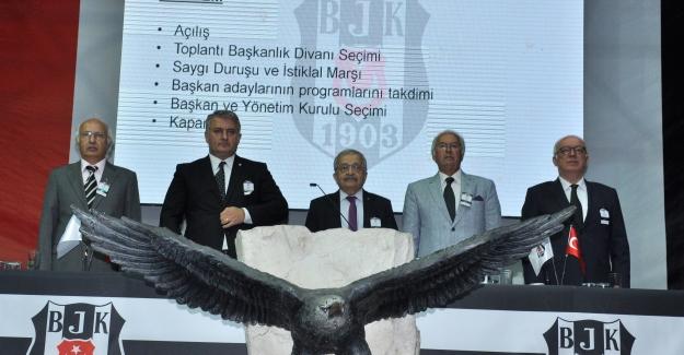 Beşiktaş'ta Olağanüstü Seçimli Genel Kurul Toplantısı Gerçekleştiriliyor