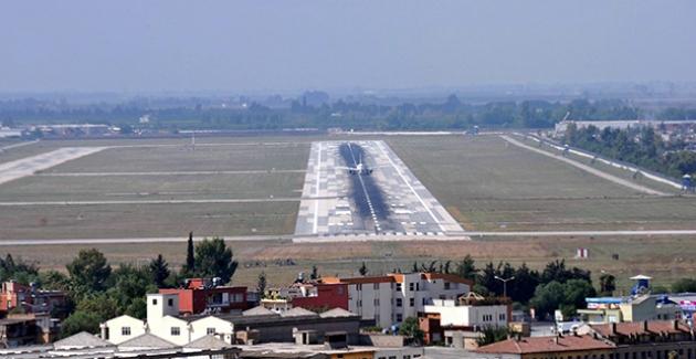 """CHP'li Barut: """"Adana Havalimanı Kapatılamaz, Kent Ekonomisine Darbe Vurulamaz"""""""