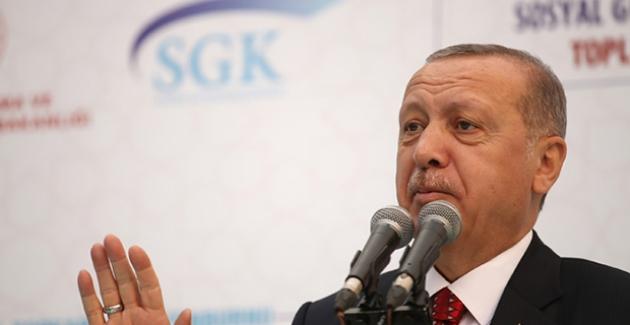 """Cumhurbaşkanı Erdoğan'dan EYT Açıklaması: """"Bütün Dünya Bizim Sistemimizi Kendine Uyarlamaya Çalışıyor"""""""
