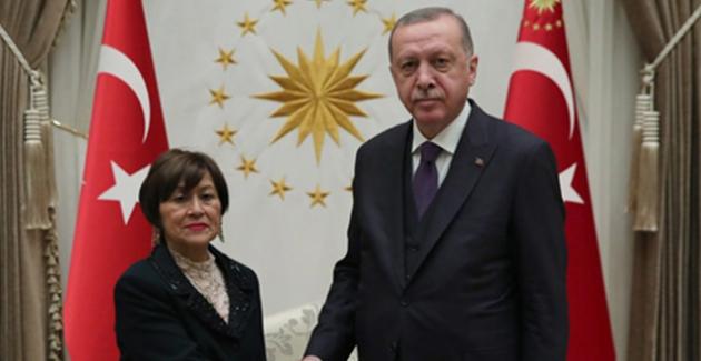 Cumhurbaşkanı Erdoğan,Ekvator, Zimbabve, ve Burundi Büyükelçilerinin Güven Mektuplarını Kabul Etti