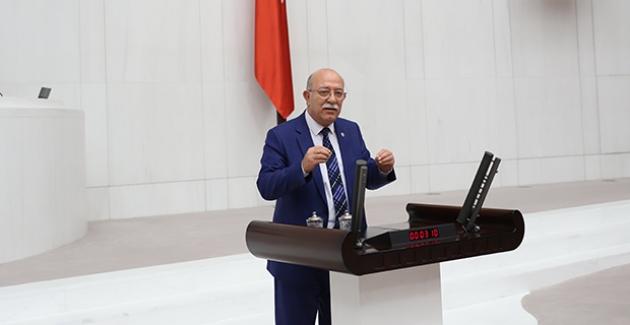 """İYİ Parti'li Koncuk: """"Sözleşmelilerin Kaderi Pamuk İpliğine Mi Bağlı?"""""""