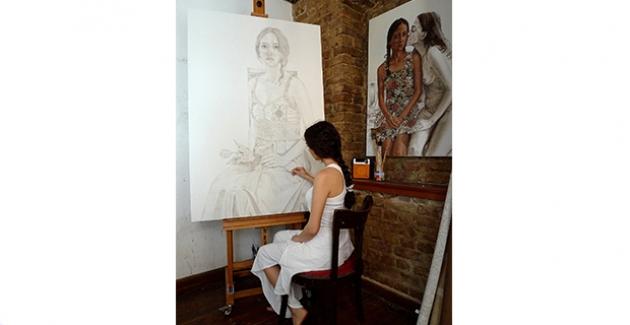 Ünlü Ressam Rugül Serbest'in Eserleri Hilton Maslak'ta