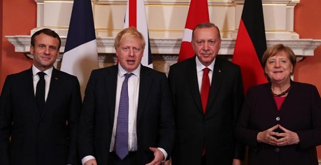 Cumhurbaşkanı Erdoğan, Londra'da Suriye Konulu Dörtlü Zirve'ye Katıldı