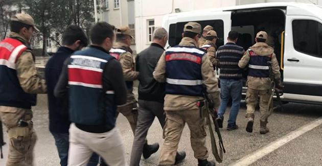 Diyarbakır'da 29 Adreste Yapılan Eş Zamanlı Aramada 17 Şüpheli Şahıs Gözaltına Alındı