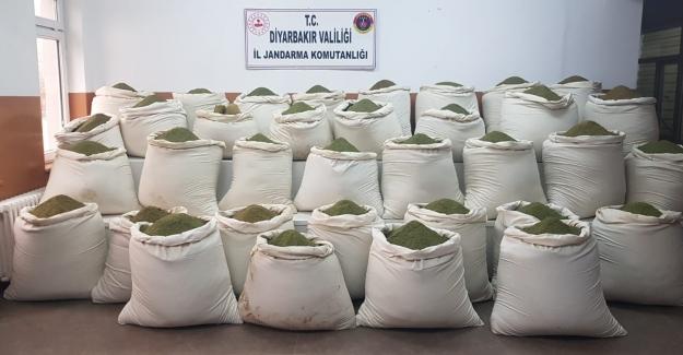 Diyarbakır'ın Lice İlçesinde 1 Ton 36 Kg Esrar Ele Geçirildi