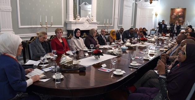 Emine Erdoğan Birleşik Krallık Parlamentosu'ndan Bazı Milletvekilleri Ve Global Somali Diaspora Temsilcileri İle Bir Araya Geldi