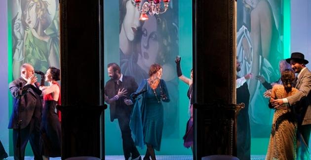 İstanbul Devlet Tiyatrosu  Bu Hafta (3-8 Aralık) 8 Oyunla Seyirci Karşısında