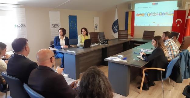 Şehir Eşleştirme Projesinin Son Toplantısı Kuşadası Belediyesi Encümen Salonunda Yapıldı