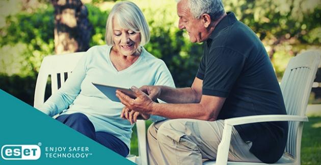 Yaşlıların İnternette Dolandırıcılıktan Korunabilmeleri İçin 5 İpucu