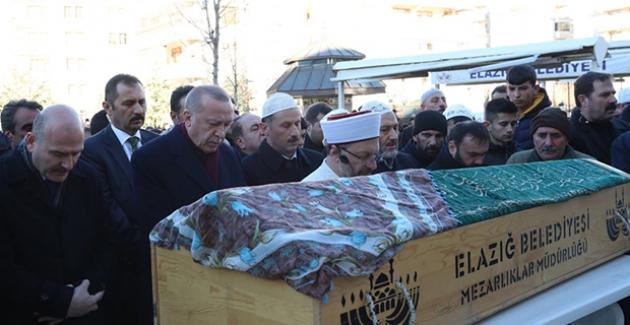 Cumhurbaşkanı Erdoğan, Elazığ'da Cenaze Törenine Katıldı