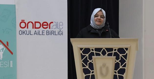 """""""İmam Hatip Okulları Milletin Teveccühüyle Türlü Baskı Ve Aleyhte Kampanyalara Rağmen Dimdik Ayakta"""""""