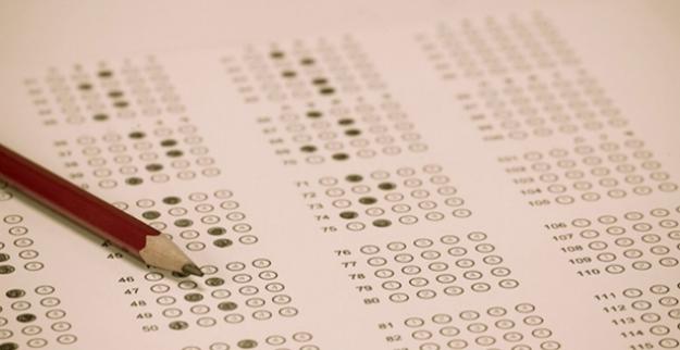 A.Ü Açıköğretim İktisat ve İşletme Fakültelerinin Bahar Dönemi Ara Sınavları İnternet Ortamında Yapılacak