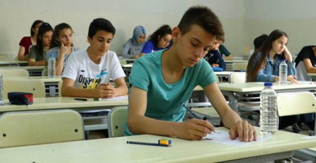 """""""LGS'de Öğrenciler Yalnızca Birinci Dönem Müfredatından Sorumlu Olacak"""""""