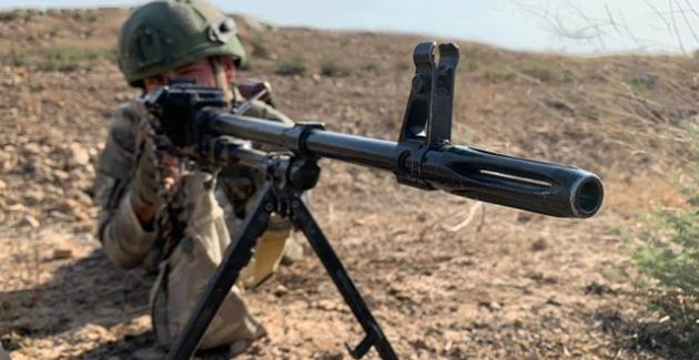 Barış Pınarı Bölgesi Güneyinde Saldırı Girişiminde Bulunan 10 Terörist Etkisiz Hale Getirildi