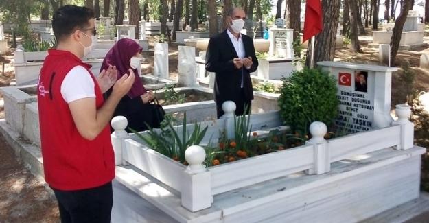 Aile, Çalışma ve Sosyal Hizmetler Bakanlığı Şehit Yakınları Ve Gazileri Bayramda Yalnız Bırakmadı