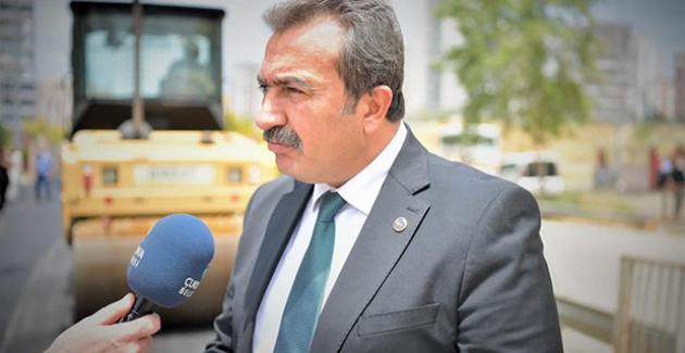 Başkan Soner Çetin, Yol Çalışmasını Denetledi, Vatandaşları Dinledi
