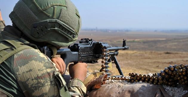 Barış Pınarı Bölgesine Sızma Girişiminde Bulunmaya Çalışan 2 Terörist Etkisiz Hale Getirildi