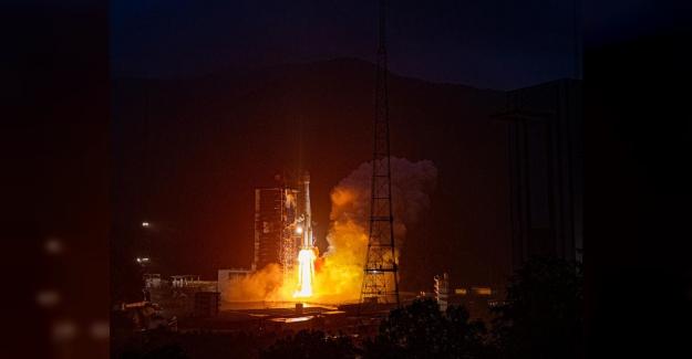 Çin Yeni Bir Ticari Telekomünikasyon Uydusu Fırlattı