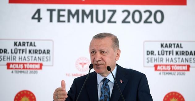 """""""Türkiye'yi Üç Kıtanın Sağlık Merkezi Yapma Hedefimizde Kararlıyız"""""""