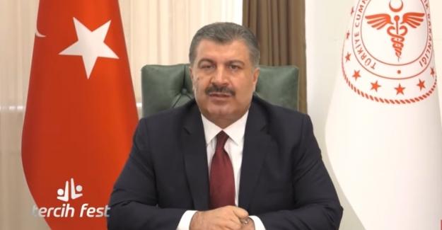 """Sağlık Bakanı Koca Gençlere Seslendi: """"Sizi En Fazla Tatmin Edecek Alana Yönelin"""""""
