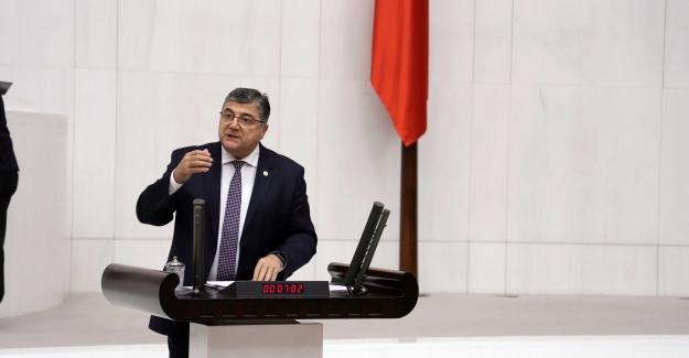 """CHP'li Sındır, """"Tereddüt Etmeden Türkiye'yi Borç Batağına Sürüklüyorsunuz"""""""