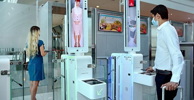 Emirates, Daha Fazla Kolaylık İçin Havalimanında Entegre Biyometrik Yol Uygulamasını Başlatıyor
