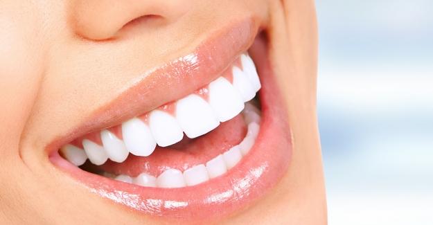 Diş İmplantları Sizin İçin Uygun Mu?