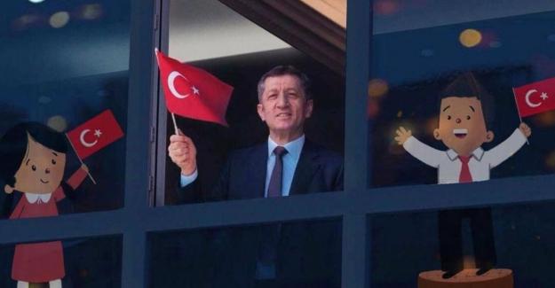 11 Ocak Pazartesi Sabahı Saat 10'da Bayrak Töreni Yapılacak Ve İstiklal Marşı'mız Hep Birlikte Okunacak
