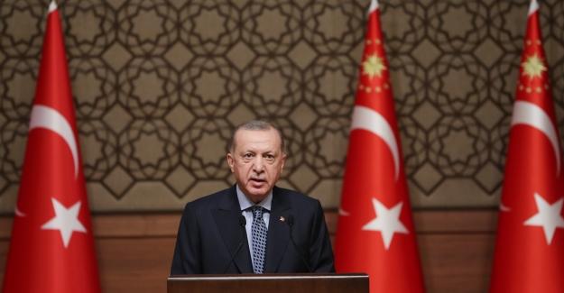 """""""Özgürlük Kılıfı Altında Türkiye'yi, Yalan Haberin, Hakaretin, İftiranın Kol Gezdiği Bir İklime Terk Etmeyeceğiz"""""""