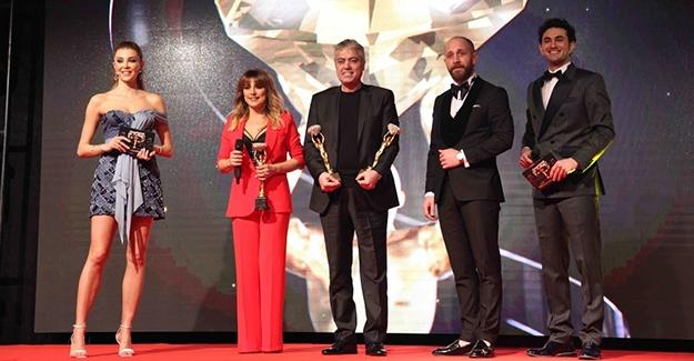 Dev Organizasyonun Dev Ödülleri! En İyiler Ödülleriyle Taçlandırıldı!