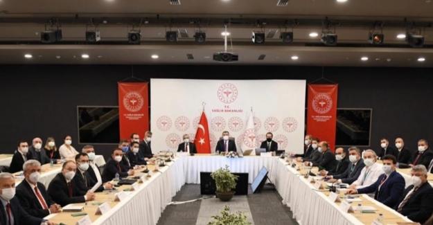 """Bakan Koca: """"İstanbul'da Mart Başına Göre Vaka Sayıları Yaklaşık 10 Kat Arttı"""""""