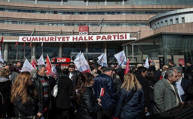 CHP'li üyeler sandık başında