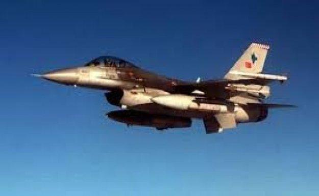 Türk Jetleri Irak'ta PKK, Suriye'de IŞİD hedeflerini vurdu