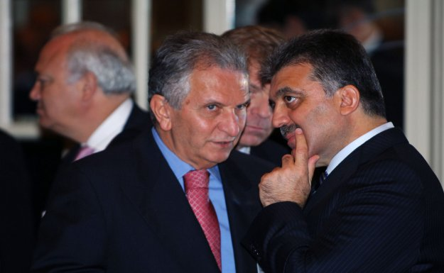 Eski Nato Temsilcisi Ümit Pamir'e göre Türkiye Milli Operasyonu yeğliyor