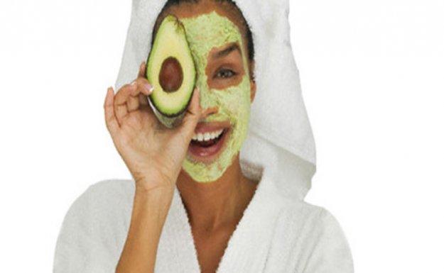 Cildinizi Avokado Maskesiyle Yenileyin