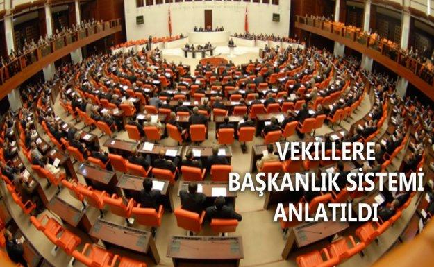 Kuzu Milletvekillerine Başkanlık Kitabı Dağıttı