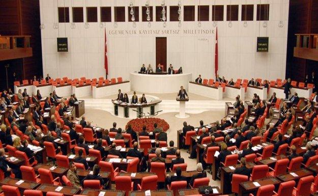 Genel Kurul'da Anayasa Masası Tartışması