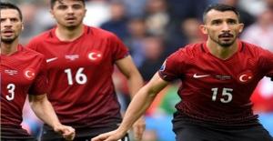 A Milli Takımımız EURO 2016'da İspanya'ya Boyun Eğdi
