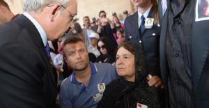 Kılıçdaroğlu'na Şehit Aileleri Derneğinden Fahri Üyelik